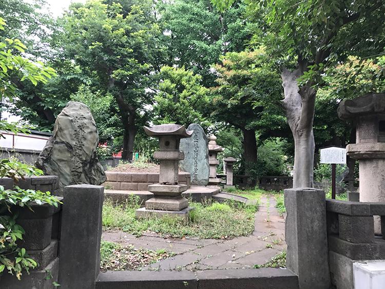 山内豊信(山内容堂)墓
