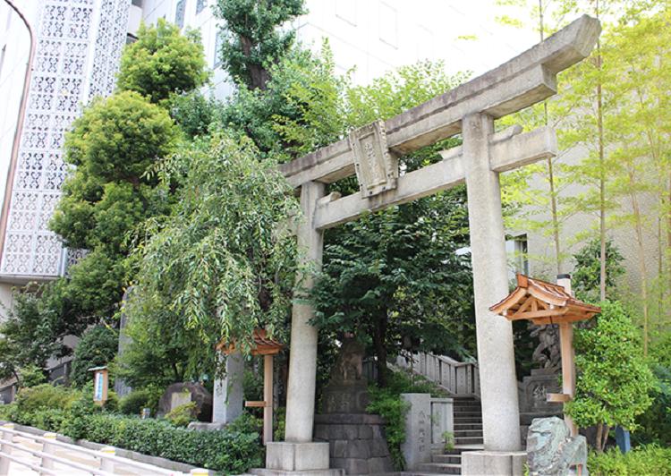 雉子神社外観2 アイキャッチ