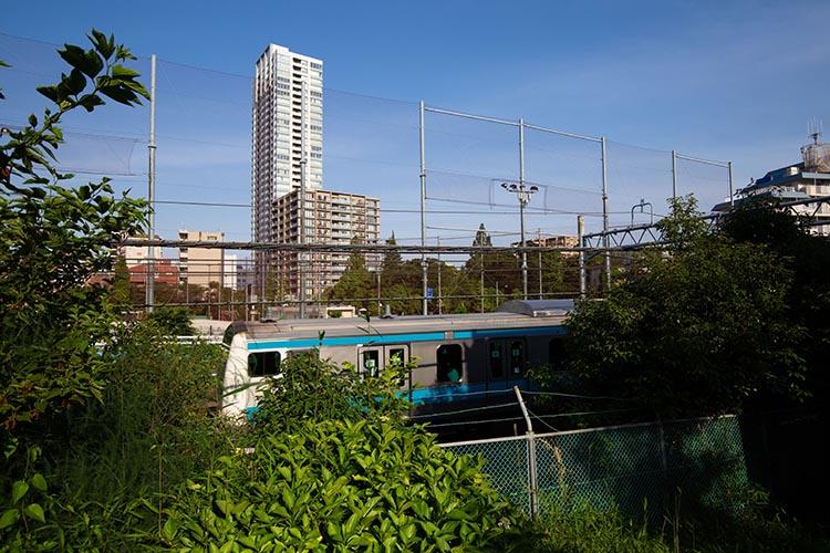 鉄道100景 東海寺境内