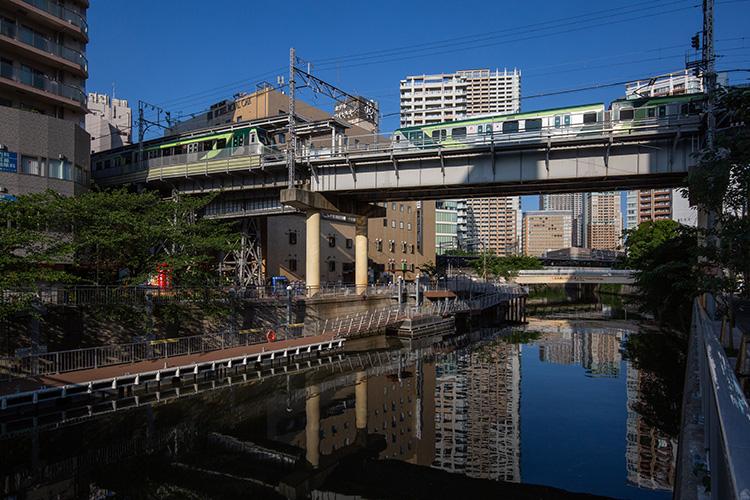 鉄道100景 池上線五反田駅